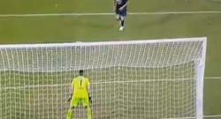 Gol di Jorginho che la chiude, un rigore alla Ronaldinho! Lazio 1 Napoli 4 [VIDEO]