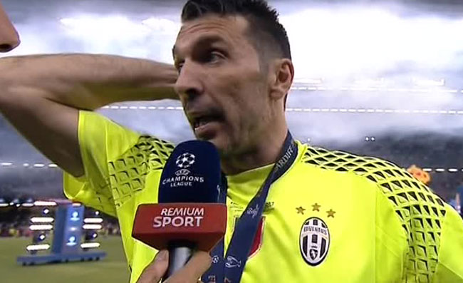 An ziliani distrugge buffon con un messaggio su for Ziliani twitter