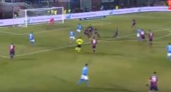Gol di Marek Hamsik, ma che giocata di Allan! Crotone 0 Napoli 1 [VIDEO]