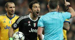 """Buffon non fa retromarcia: """"Io non devo rimediare, sono questo! Confermo quello che ho detto, arbitro troppo giovane. Uno più esperto..."""""""