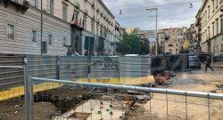 PSG arriva a Napoli, ma le istituzioni non aiutano: la strada che ospiterà il ritiro è un cantiere a cielo aperto [FOTO CN24]