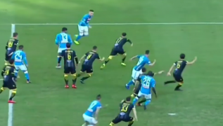 Gol di Piotr Zielinski dopo appena 7 minuti! Napoli 1 Frosinone 0 [VIDEO]