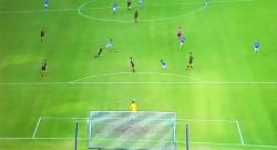 Super gol di Ounas da 40 metri, gli azzurri raddoppiano! Napoli 2 Frosinone 0 [VIDEO]