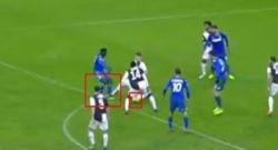 """VIDEO – Rigore clamoroso negato al Sassuolo. Marelli: """"Non c'è il replay"""""""